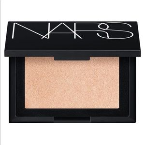 NEW NARS Highlighting Powder